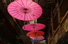 千户苗寨的一条巷子,有特色。