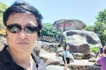 普陀山顶磐佗石。