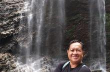 庐山瀑布,自古詩篇皆有傳颂,尤以唐代李白之望庐山瀑布最為有名,疑是銀河落九天,正是绝美寫照。庐山之三