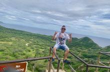 美丽的夏威夷度假旅游胜地、夏威夷的风景真的美的不要不要、碧海蓝天白云阳光灿烂辉煌、本地人称它是人间天