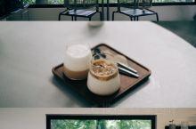 这家咖啡馆,是属于莫干山的「温柔时刻」