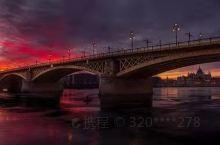 布达佩斯大桥