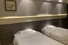 酒店出行很方便,性价比比较高。卫生很干净