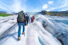 瓦特纳冰川国家公园  这个公园位于冰岛,是仅次于南极冰川和格陵兰冰川的欧洲最大的冰原。  冰川是