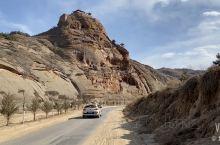 悬崖峭壁上的永宁古寨