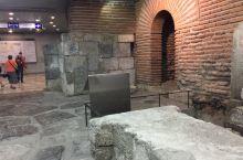 巴尔干之行 索非亚地铁站里的古罗马城遗迹