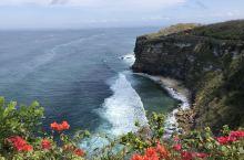 巴厘岛的情人崖风景优美,是非常不错的旅游胜地。
