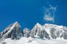 作为南方人第一次来玉龙雪山,还是在冬天的时候,实在是太冷了,不过好在上面的风景很好,