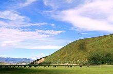 石卡雪山、納帕海、依拉草原自驾游