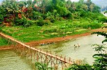 跨过湄公河古老的竹桥,到对岸的小镇走一走,感受另一种风情