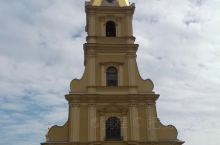 彼得堡罗要塞(Петропавловская Крепостъ),位于圣彼得堡涅瓦河右岸,与圣彼得堡
