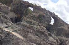 看图片这个地方是叫恩托托山吗? 去的时候只知道是东非大裂谷! 希望来年有机会还能去东非走一走!