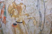《观鸟捕蝉图》唐中宗神龙二年(706),