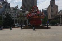 沈阳中山广场很美,而且很繁华,也是沈阳的城市地标之一