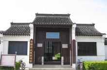 句容市博物馆占地8.8亩,建筑面积1800平方米,拥有展室四个,位于镇江市。全市拥有各级文物保护单位