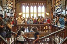 世界最美书店之一,葡国最古老书店