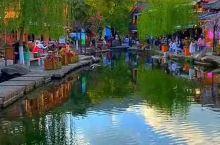 高峰之下的村寨——束河古镇