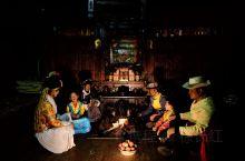 """聊祖母房之前,咱们还是得从摩梭人开始说。泸沽湖畔的摩梭人族群被称为""""最后的母系社会"""",""""女儿国"""",至"""