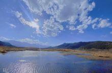 泸沽湖  一天一天过得真快,快到还没来得及沐浴阳光,就已经黄昏,一年一年过得快,快到还沉寂在新年的喜
