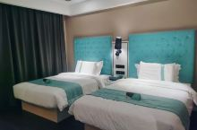 酒店干净整洁,服务态度超好,价钱合理,体验超赞。