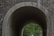 杭州旅行|杭州最古色古香的古建筑—鼓楼