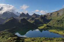 云南香格里拉哈巴雪山秘境——高山琥珀黑湖