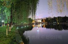 绍兴环城河的夜景还是很不错的