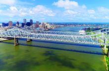 航拍新奥尔良,美国路易斯安那州最大的城市,城建是什么水平?