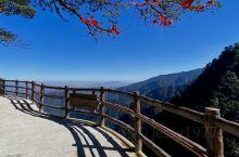 湖南莽山每个季节都非常漂亮,虽然不及黄山和和三清山秀美,但是它也有独特的魅力,下雪天的雪景很漂亮,冰