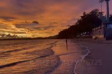 泰国甲米奥南海滩的日落