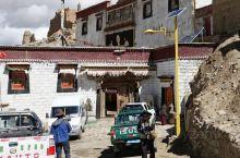 """贤柏林寺是在普兰宗境内创建的第一座格鲁派寺庙,也称""""夏格巴林寺"""",建于17世纪末,当年甘丹才旺统帅藏"""