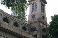聖馬家利大堂,位處香港島铜锣湾跑馬地侧,其為一座罗馬式之天主教堂,古雅而有氣派,已有近百年之歴史,是