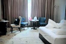整体还不错,可能是因为是老酒店,虽说有翻新,但也只是改了一部分而已,蚊子也有一点