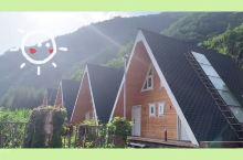 本溪绿石谷温泉度假小木屋