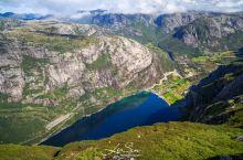 挪威 峡湾徒步的最高境界:奇迹石