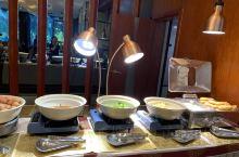 临河首屈一指的自助早餐,干净,卫生,名厨亮灶,吃的安心和放心[ThumbsUp]