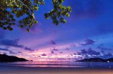 普吉岛童话般的紫霞