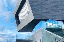 Liverpool—充满蓝色的海边城市