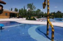 -打卡湿地无边泳池-