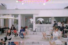 厦门探店|自带北欧滤镜的网红咖啡厅  双面环海,直面世贸双子塔和厦门之星 一家能够欣赏海上日落的网红