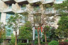 非常喜欢的酒店,下一次路过一定再来,大家可以放心的选择,干净,宽大设施齐全点个大