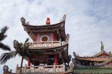 汕尾市凤山祖庙始建于明朝天启、崇祯年间(公元1621—1644年),庙内供奉的是清源妙道真君李二郎神