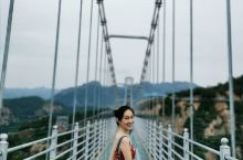 """京郊一日游,清凉谷挑战会""""碎""""的玻璃天桥"""