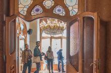 高迪天马行空的设计:传奇的巴特罗之家