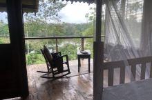 这个lodge不错,没有别的住客,感觉融入自然了。