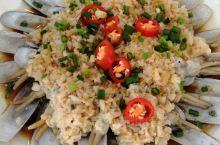 去嘉兴的乍浦港,中午过了还没到,就在镇上的老乍浦土菜馆吃了,随便点了几个家常菜,红烧羊肉很有特色,葱