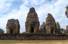 东梅奔寺(East Mebon),柬埔寨吴哥地区的10世纪寺庙,国王罗贞陀罗跋摩二世(Rajendr