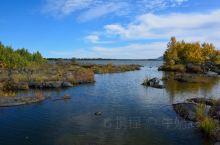 五大连池风景区内的白龙湖。