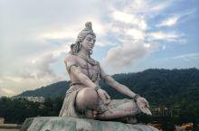 恒河边的湿婆婆