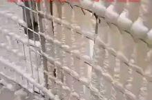 黄河壶口瀑布冬季冰挂
